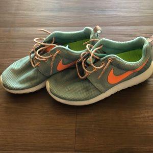 Nike Roush Gym Shoes